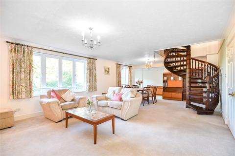 2 bedroom penthouse for sale - The Forresters, Winslow Close, Pinner, Middlesex, HA5