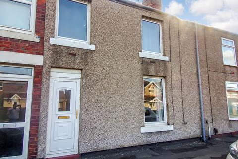 2 bedroom terraced house to rent - North Terrace, West Allotment, Newcastle upon Tyne, Tyne and Wear, NE27 0DN