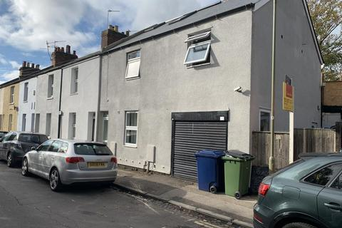 6 bedroom end of terrace house to rent - Off Cowley Road,  HMO Ready 6 sharers,  OX4