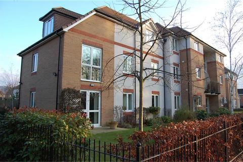 2 bedroom flat for sale - St Michaels Court, Cheltenham Road, Bishops Cleeve GL52