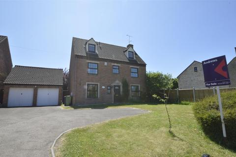 4 bedroom detached house for sale - Stoke Road, Bishops Cleeve GL52