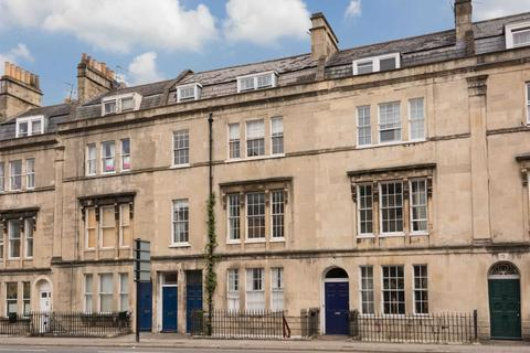 2 bedroom apartment to rent - Bathwick Street