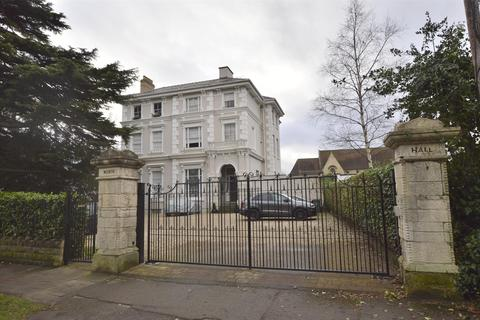 1 bedroom flat for sale - North Hall, Pittville Circus Road, CHELTENHAM, GL52 2QU