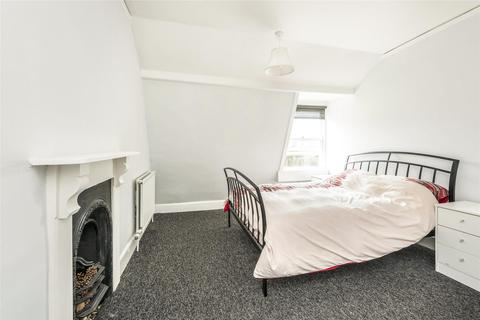 2 bedroom flat to rent - Henrietta Street, Bath, BA2