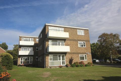 2 bedroom flat for sale - Collington Avenue, Bexhill TN39