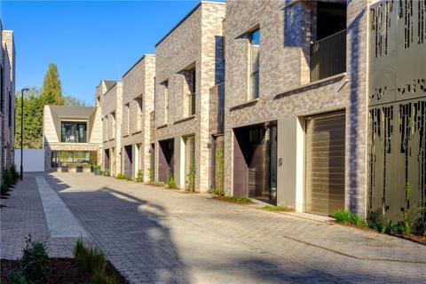 3 bedroom terraced house for sale - Athena, Eddington Avenue, Cambridge