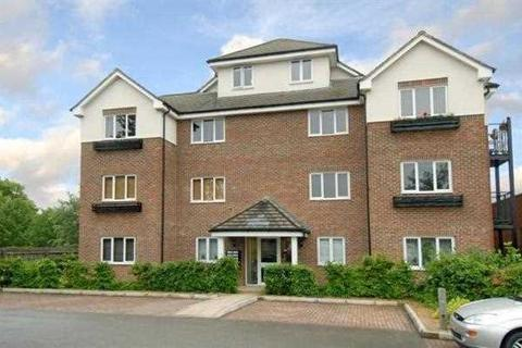 1 bedroom apartment to rent - Lincoln Court, Denham Green