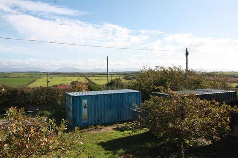 2 bedroom property with land for sale - Gallt Y Mwg, Pencarnisiog, Rhosneigr