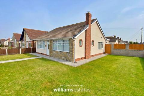 4 bedroom detached bungalow for sale - Victoria Road West, Prestatyn