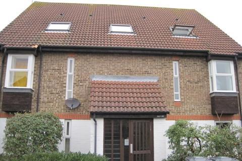 1 bedroom apartment to rent - Colburn Crescent, Guildford, Surrey, GU4