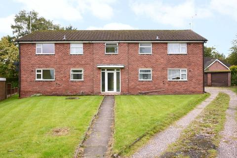 4 bedroom block of apartments for sale - Crossfield Avenue, Blythe Bridge, ST11 9PL