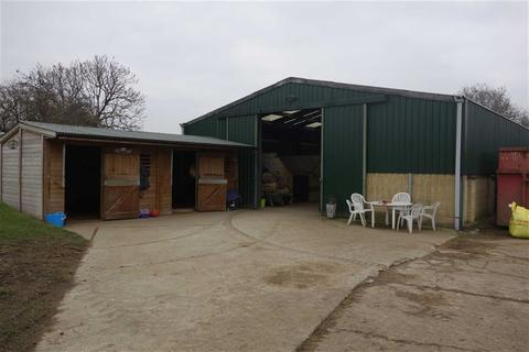 Warehouse to rent - Off St Peter's Road, Cowley, Middlesex