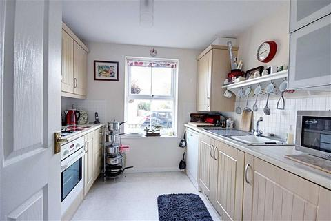 2 bedroom flat for sale - Sea Way, South Shields, Tyne And Wear