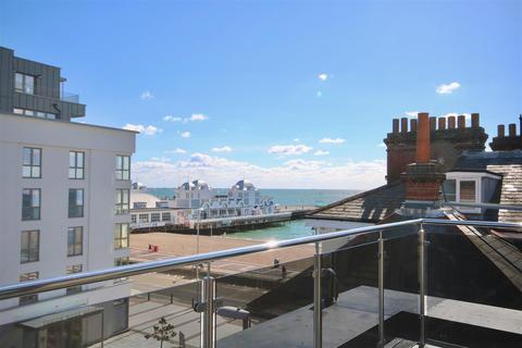 3 bedroom penthouse for sale - 138 Clarendon Road, Southsea