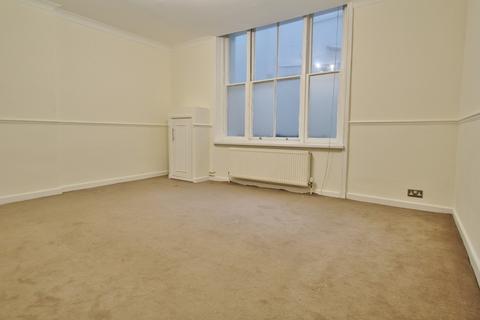 2 bedroom flat for sale - Adelaide Crescent, Hove, BN3