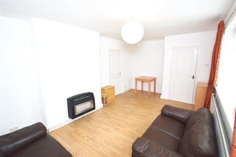2 bedroom house to rent - Yew Tree Crescent