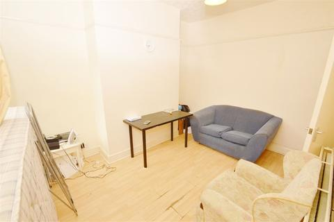 3 bedroom house to rent - Langley Road, Manchester