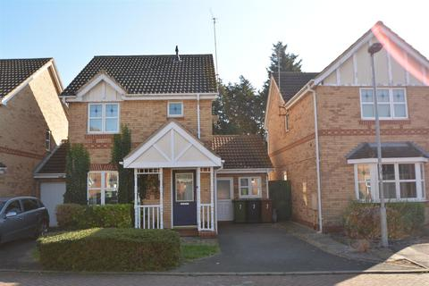 3 bedroom house for sale - Eames Gardens, Peterborough