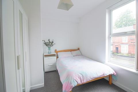 4 bedroom house share to rent - 123 Abbeydale Road - STUDENT/PROFESSIONAL PROPERTY