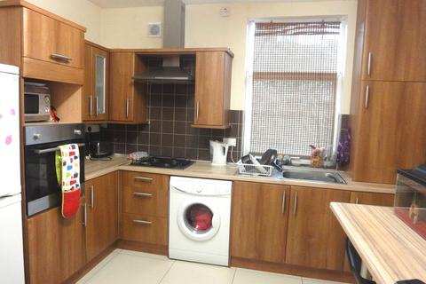 3 bedroom house share to rent - 150 Lancing Road - VIRTUAL VIEWINGS AVAILABLE