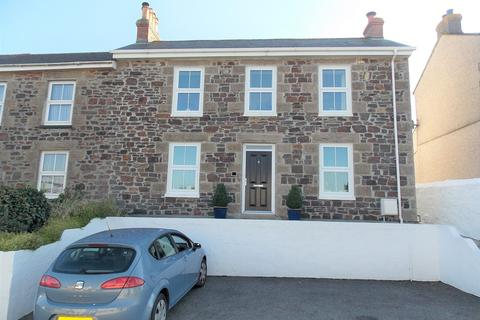 4 bedroom end of terrace house for sale - Illogan Highway, Redruth