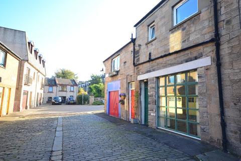 Studio to rent - Merchiston Mews, Merchiston, Edinburgh, EH10 4PE