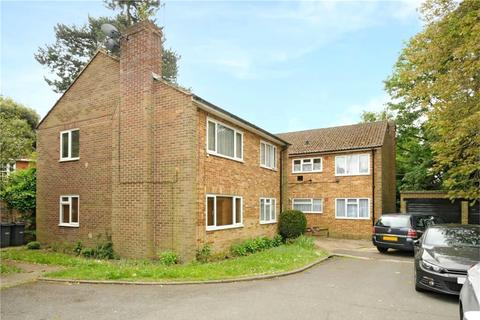 2 bedroom flat share to rent - Fallowfield Court, Stanmore Hill, Stanmore, Middlesex, HA7