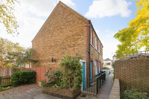 3 bedroom semi-detached house for sale - Beach Alley, Whitstable, Kent
