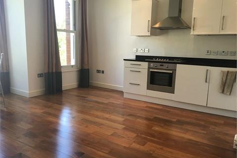 2 bedroom flat to rent - Boundaries Road, Balham