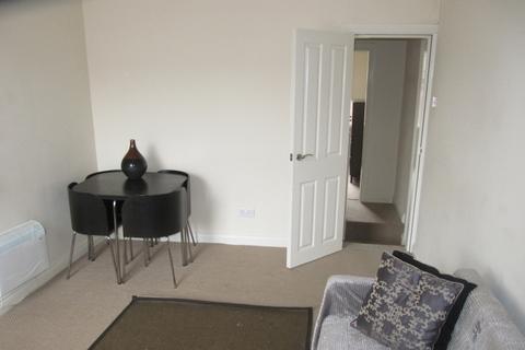 2 bedroom flat to rent - Club Street, Sharrow, Sheffield
