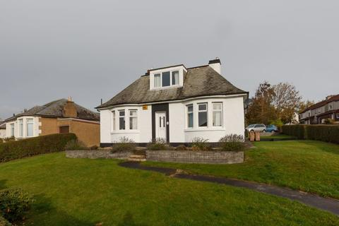 4 bedroom detached bungalow for sale - 2 Craigmount Gardens, Edinburgh, EH12 8EA