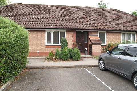 2 bedroom bungalow for sale - The Cloisters, Priest Hill, Caversham, Reading, RG4