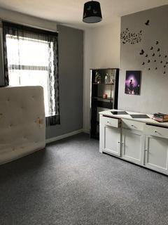 2 bedroom flat to rent - Richmond Road, Birmingham, B33