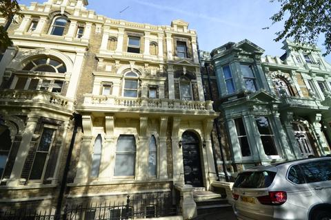 2 bedroom flat to rent - Castle Hill Rochester ME1