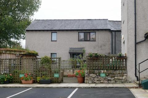 Property to rent - 3 Paisley Cottage, Yard 161 Highgate, Kendal,