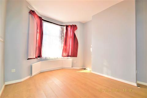 3 bedroom house to rent - Norfolk Road, East Ham, E6