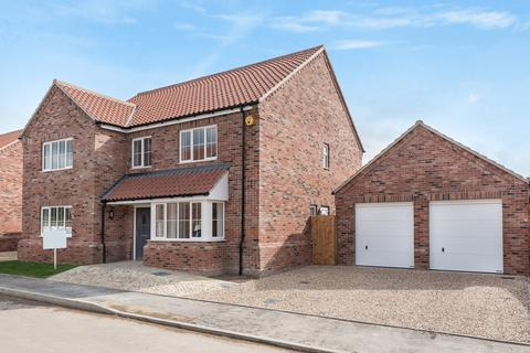 4 bedroom detached house for sale - Gayton
