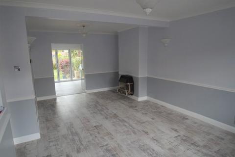 3 bedroom terraced house to rent - Swanway, Enfield