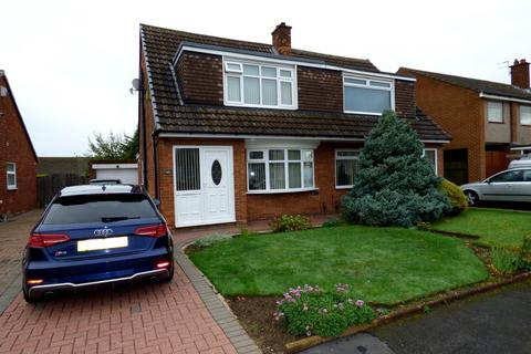 3 bedroom semi-detached house for sale - Christchurch Drive, Stockton-On-Tees, TS18