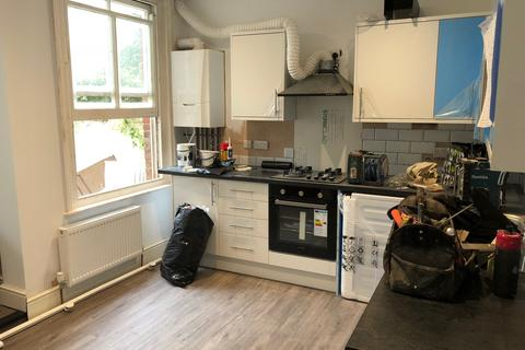 1 bedroom house share to rent - Rugby Place BN2