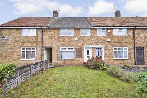 3 bedroom terraced house to rent - Watford Walk, Greatfield Estate, Hull