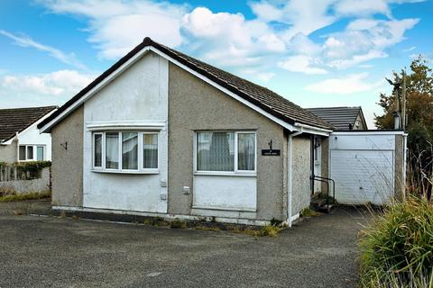 3 bedroom detached bungalow for sale - Caer Delyn, Bodffordd, North Wales