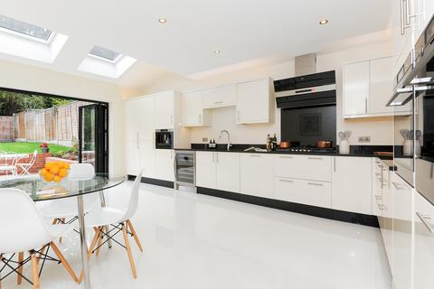 4 bedroom semi-detached house for sale - Ullswater Crescent, London, SW15