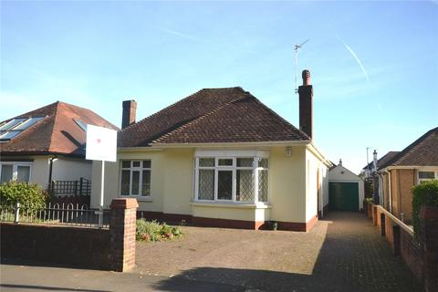 3 bedroom detached bungalow for sale - King George V Drive North, Heath, Cardiff, CF14