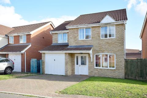 4 bedroom detached house to rent - Tizzick Close, Norwich