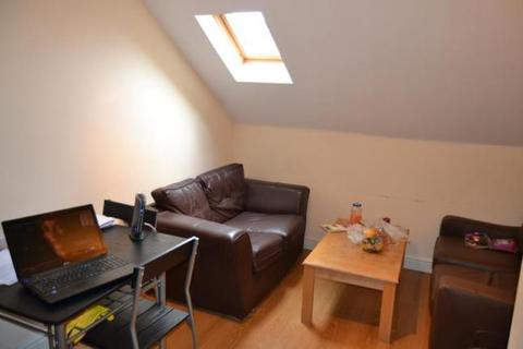 3 bedroom flat to rent - Colum Rd, Cardiff, CF10