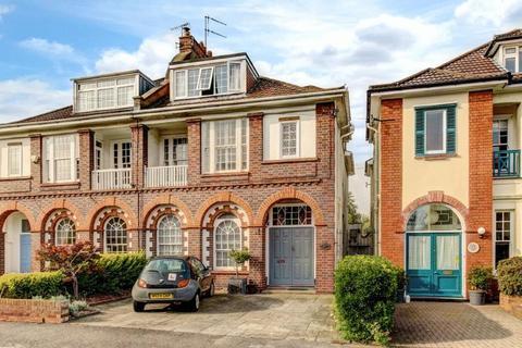5 bedroom semi-detached house for sale - Downs Park East, Westbury Park
