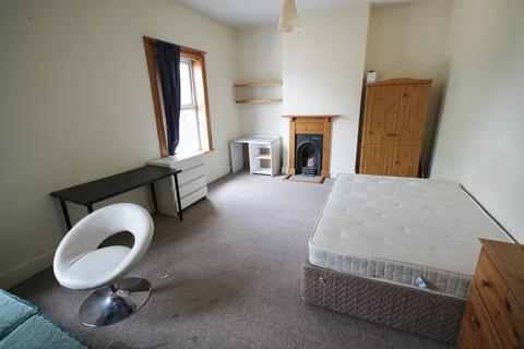 4 bedroom terraced house to rent - Norfolk Street, West End, Leicester, LE3