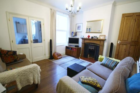 3 bedroom terraced house to rent - Barclay Street, West End, Leicester, LE3