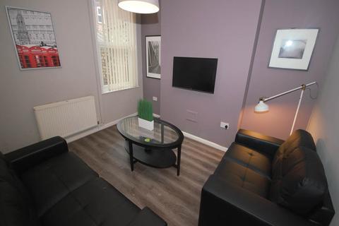 4 bedroom house share to rent - Hannan Road, Kensington, Liverpool